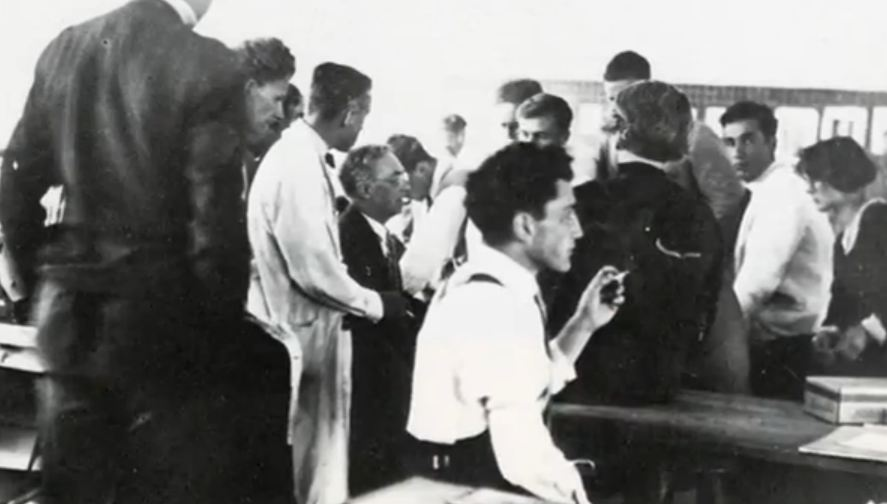 Kandinsky with students of Bauhaus
